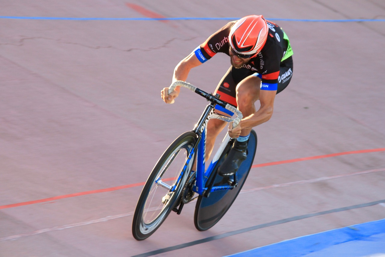 Theuns van der Bank (Team Giant Durbanville) ended the day lying fourth in the total points for Elite Men on day one of the 2016 South African Omnium Championships at the Westbourne Oval in Port Elizabeth on Saturday 2 April. Photo credit: Mylene Paynter