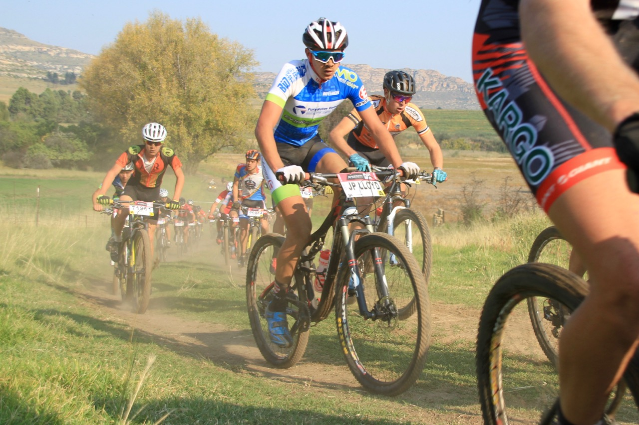 Centre of picture: Jean-Pierre Lloyd (15) from Team Fury Motor Group claimed the Youth Men's SA MTB Marathon Championship title when he crossed the line in one hour 42 minutes and 27 seconds at the third round of the Ashburton Investments National MTB Series this year, which played host to the 2016 South African Mountain Bike Marathon Championships in Clarens, on Sunday 17 April. Photo: supplied