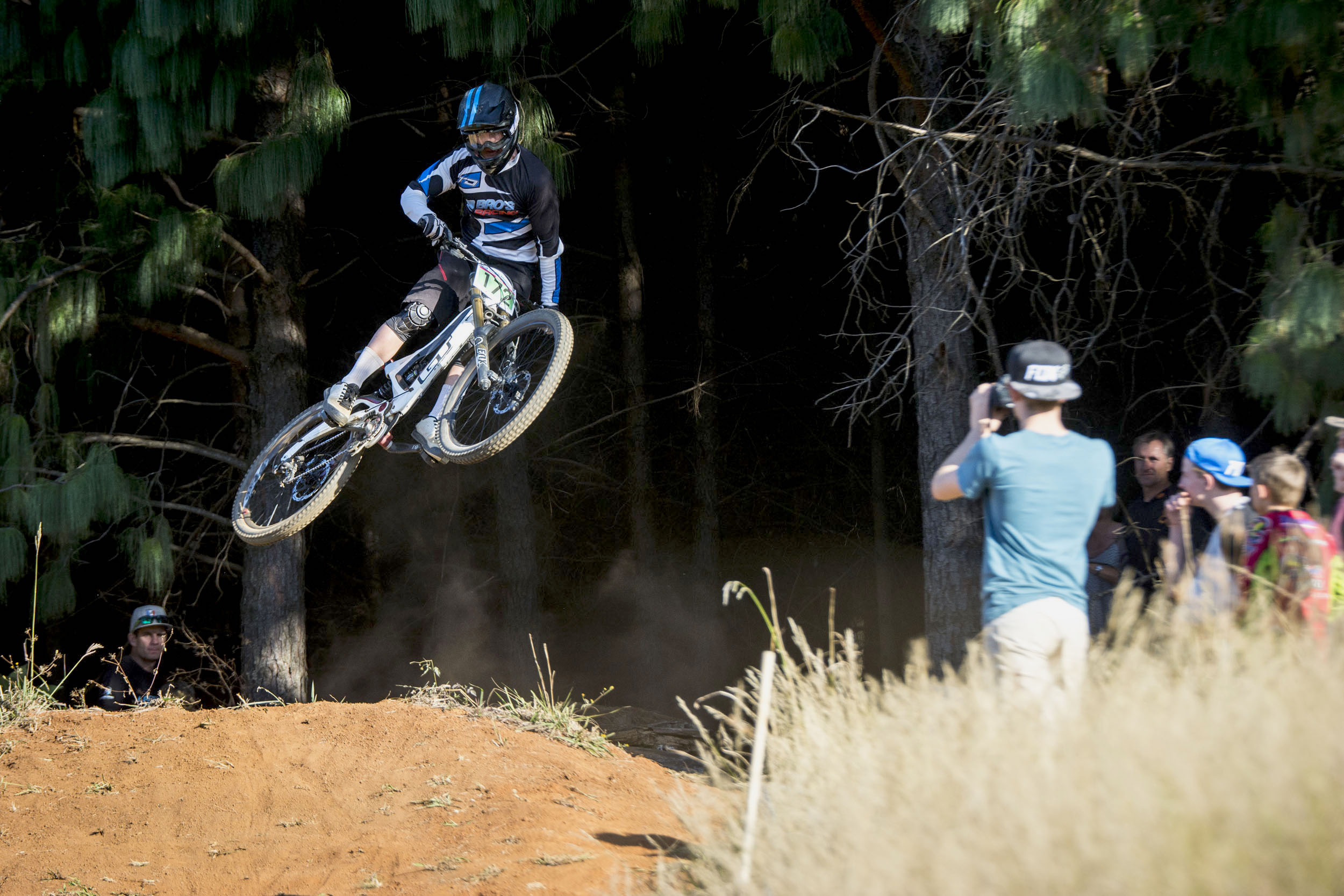 Overall and Elite Men's winner, Jonathan Philogene (2Bros Racing) secured his top spot on the National Series Log with a tight victory at the third round of the 2016 KZNMTB Provincial Downhill Series – presented by Greg Minnaar Cycles, on Sunday 22 May, which doubled as the fourth round of the 2016 SA National DHI Cup Series. Photo credit: Andrew McFadden/BOOGS Photography