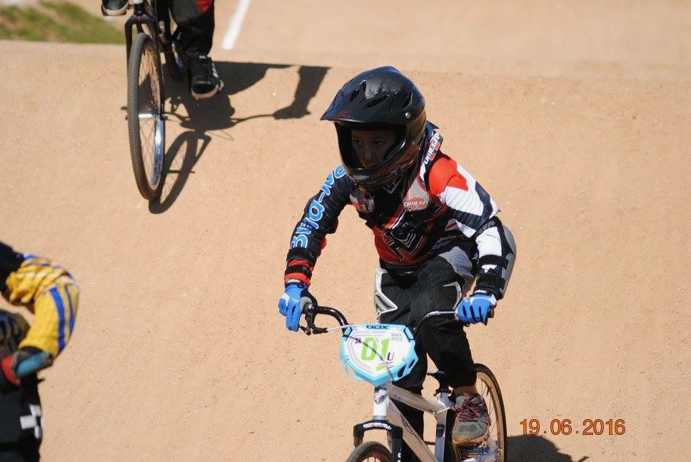Kyla Uys and her family will be taking part the first rounds of the SA BMX National Age Group (NAG) Series at Germiston BMX Club from 14-16 April. Photo: Supplied