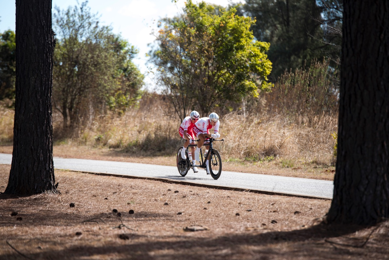 In the afternoon session, Marcin Polak and Michal Ladosz (POL) had a 03.69-second time victory to claim the gold medal in the Men's Visually Impaired category tandem race during the Time Trial on Day 2 of the 2017 UCI Para-cycling Road World Championships held at Midmar Dam Howick, South Africa, on Friday 1 September 2017. Photo credit: Andrew Mc Fadden