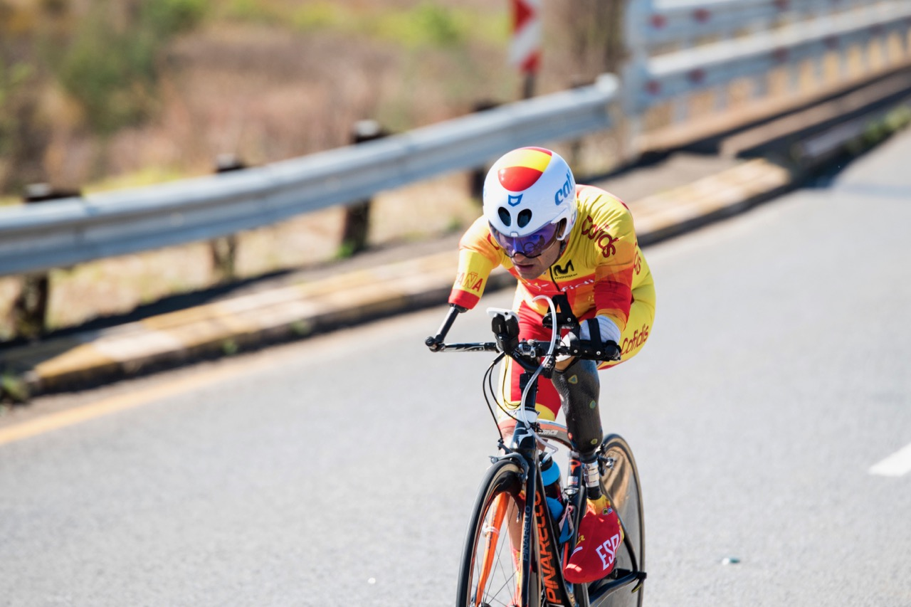 Spaniard Ricardo Ten Argiles pushes his limits in the Men's C1 category during the Time Trial on Day 2 of the 2017 UCI Para-cycling Road World Championships held at Midmar Dam Howick, South Africa, on Friday 1 September 2017. Photo credit: Andrew Mc Fadden