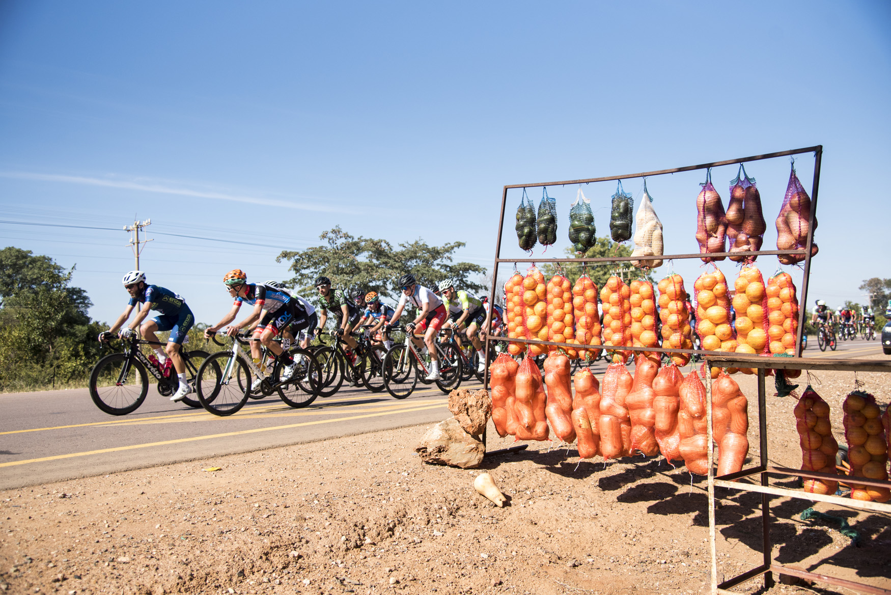 Selling local produce from the roadside vendors along the R101 from Bela Bela to Polokwane on Stage 1 of the 2019 Tour de Limpopo (UCI 2.2) from 14-18 May © Tour de Limpopo/Andrew Mc Fadden