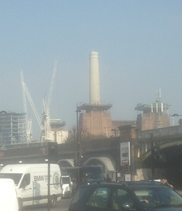 Battersea Power Station 2016. Yep, just one chimney, not four. It now has three. Before having four again. Transition. Photo TR