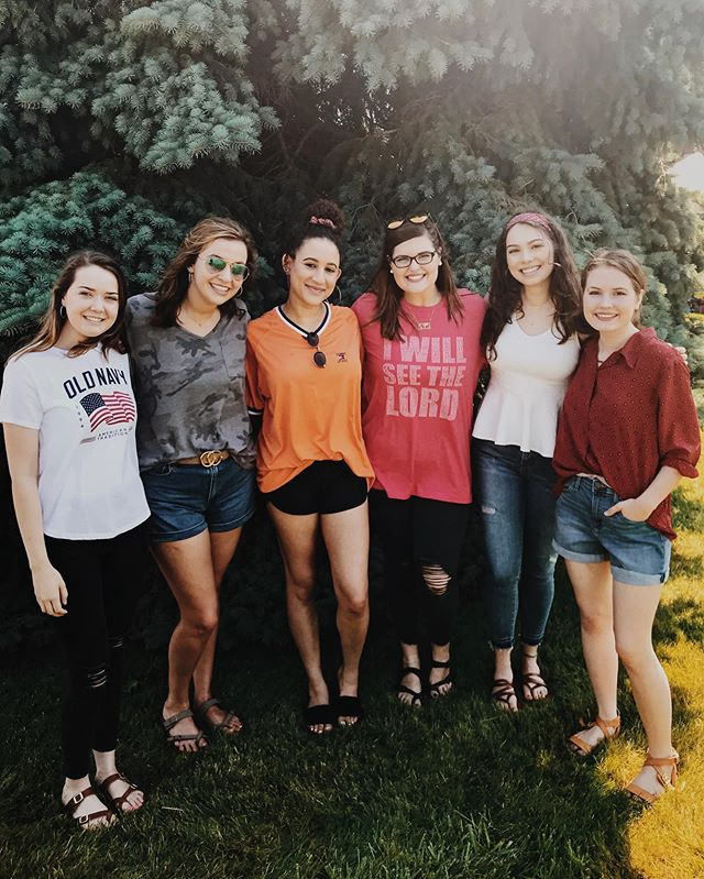 @peopleandsongs @mary.gracemusic with our @tesmissionaries enjoying the #4thofjuly festivities and preparing for the upcoming @emergingsound #tescamp — ONE MORE WEEK!!!!!! #laporte #hubofawesome #happy4th #independenceday