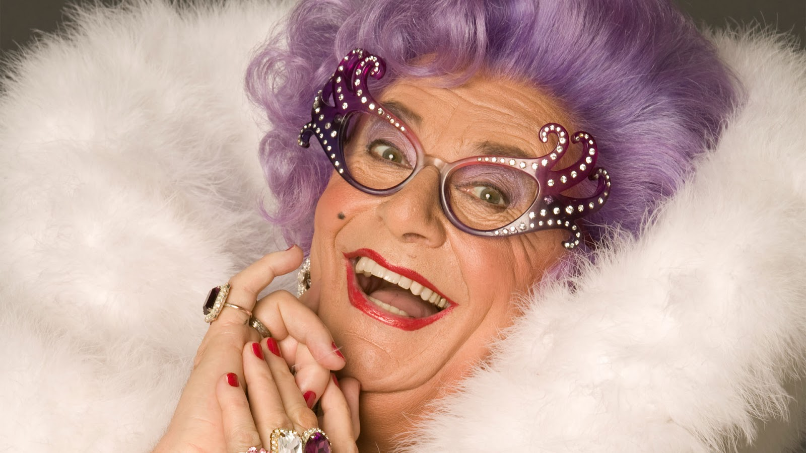 Dame Edna Everage via Wacky Tacky Blogger.