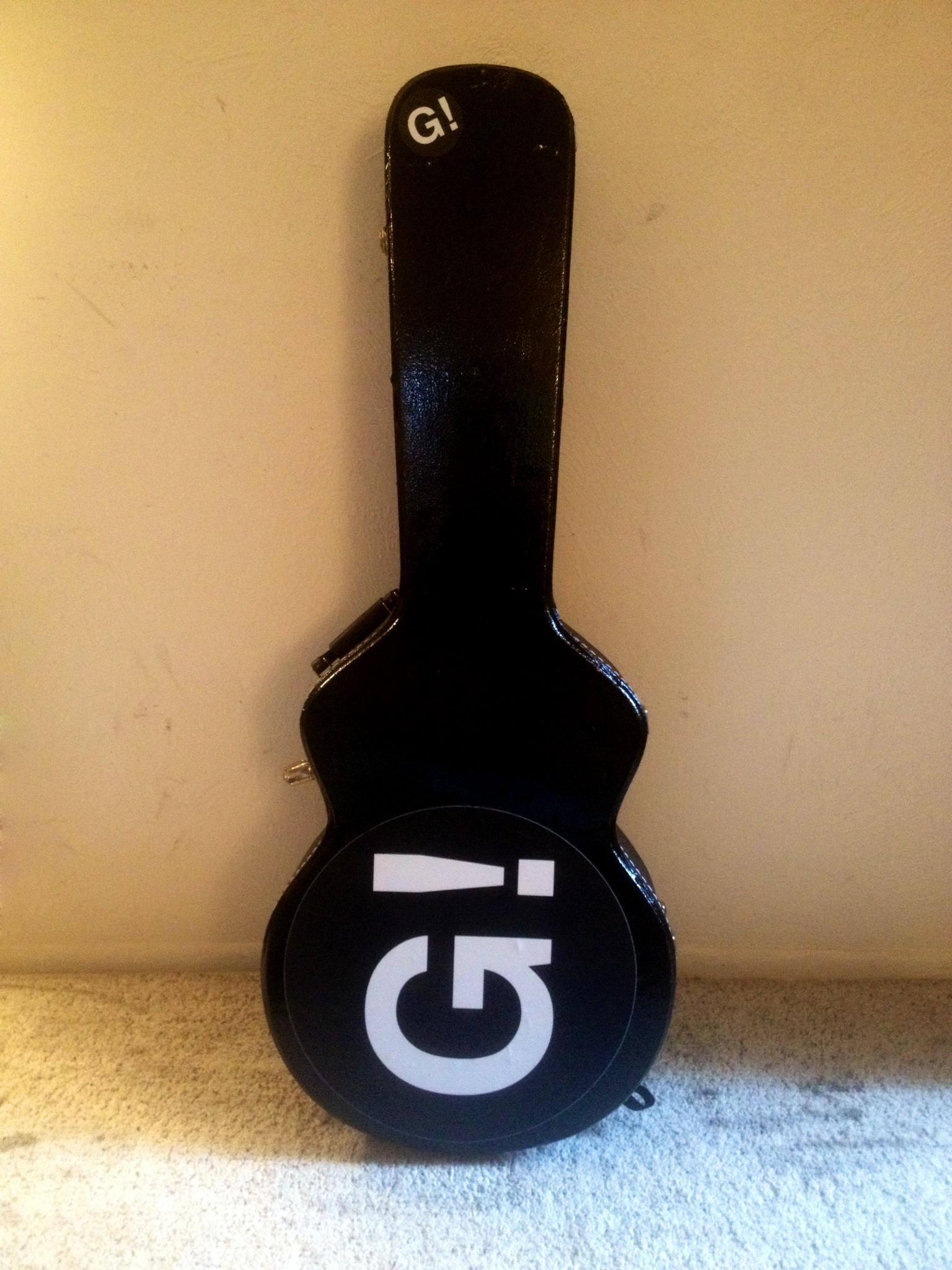 GRIFFIN!'s Guitar Case