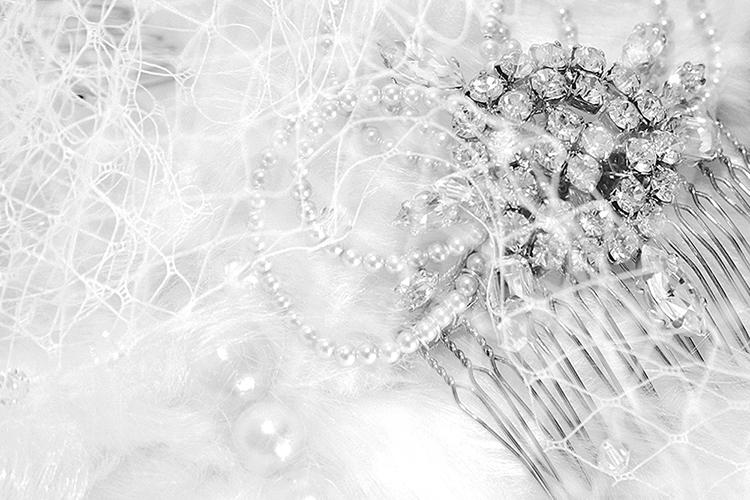 Pearls hairclip.jpg