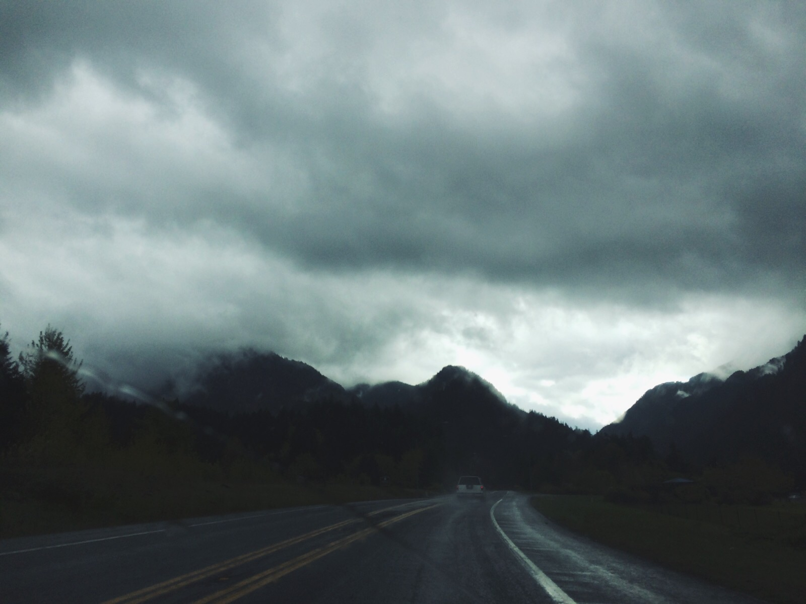 Driving to Stevenson on a beautiful, stormy morning