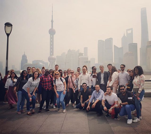 Extended Labour day holidays and excited MBAs on the Bund in Shanghai #chinastudytour #studytours #globalimmersionweek #legacyventures #huangpuriver #chinatrek #mbastudytour #chinatour #shanghai #travel