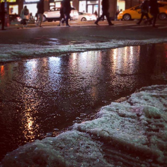 Rivers if ice. • • • • • #ice #newyorkcity #newyork_instagram #nyclife #manhattan #citylife #chelsea #photooftheday #winter #january #january2018 #nicenewyorkers