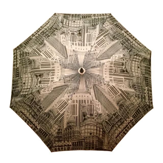 UnbrellaFolding.jpeg