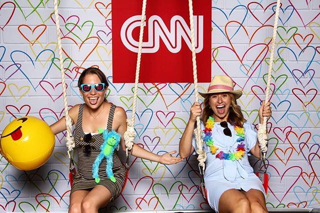 Swinging into the week like..... #cnn #photobooth #photoexperience #pixoritdidnthappen #webringfun #experientialmarketing #eventprofs #dcphotobooth #getpixilated