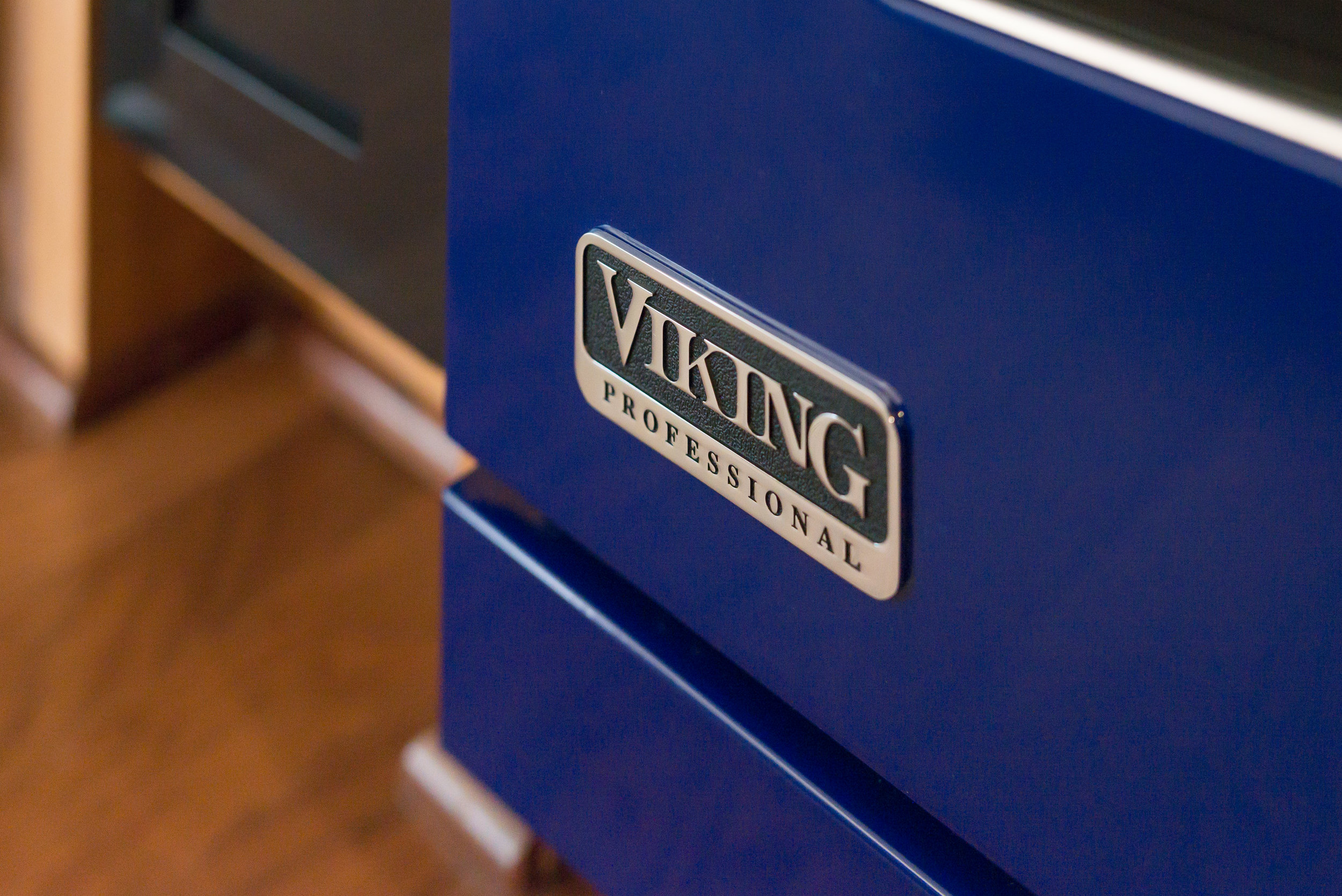 9 viking range.jpg