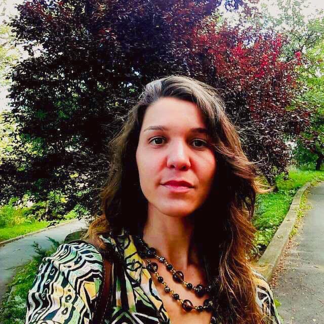 Copy of Viviane Magno