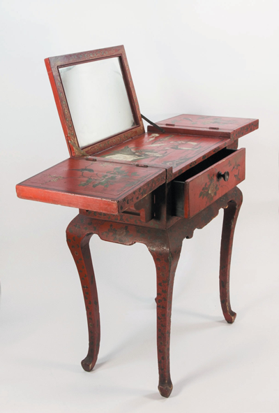 QING-DYNASTY-TRAVELLING-DRESSING-TABLE-.png