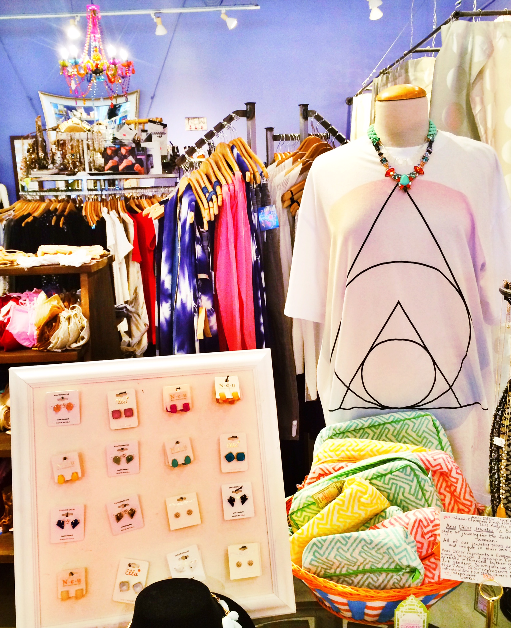 Raquel Greer Gordian discusses how Blue Elephant is a boutique where you can find some new boho garments and accessories to style before SXSW.