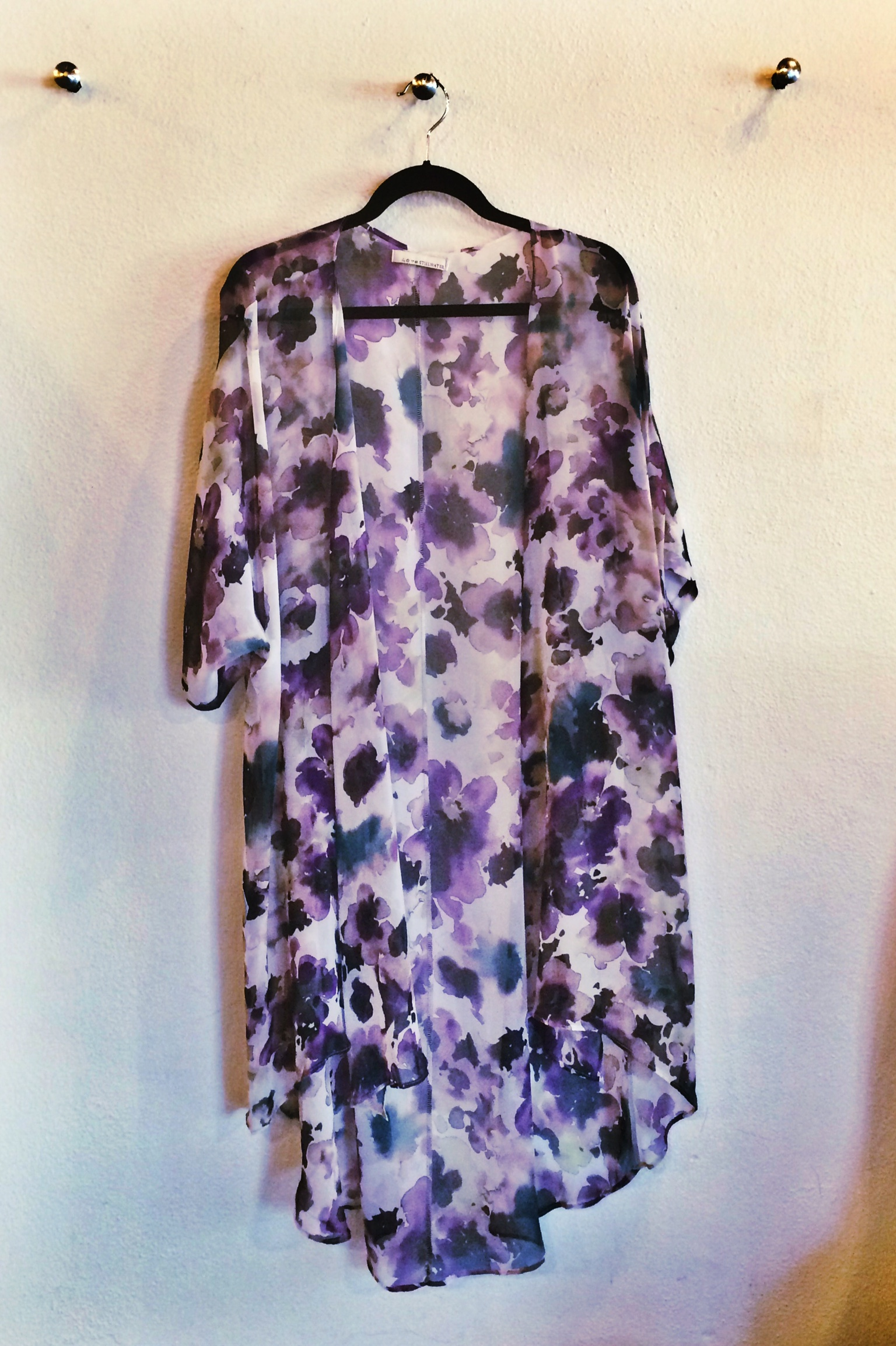 Raquel Greer Gordian exhibits a floral kimono perfect for spring.