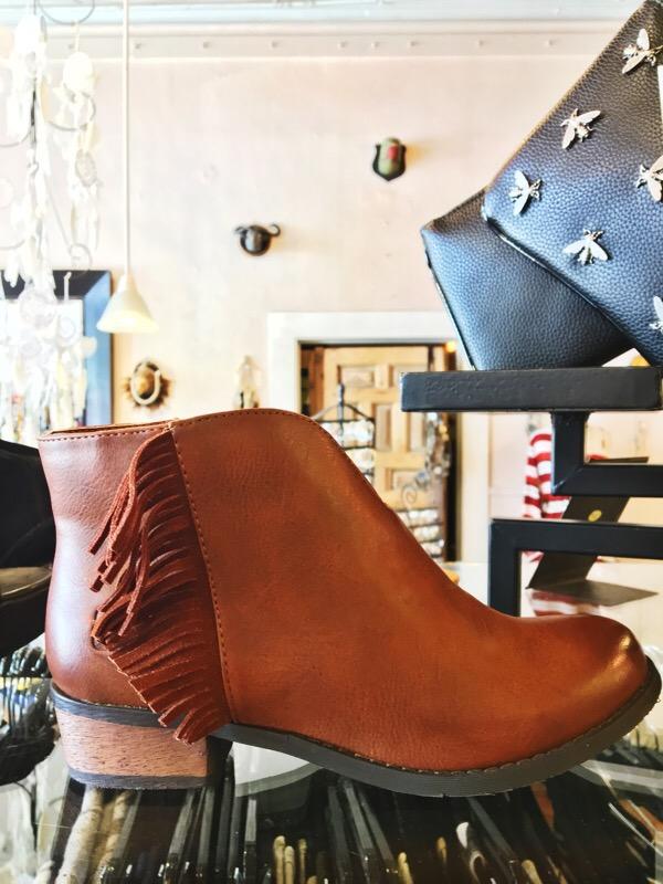Shop Austin Style Series: Maya Star 8