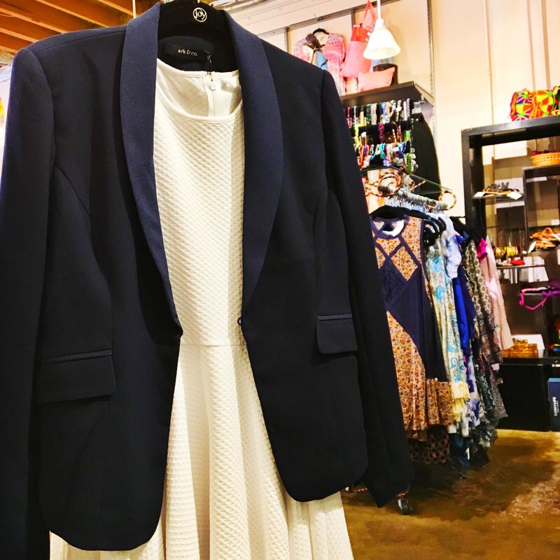 Shop Austin Style Series: Maya Star 27