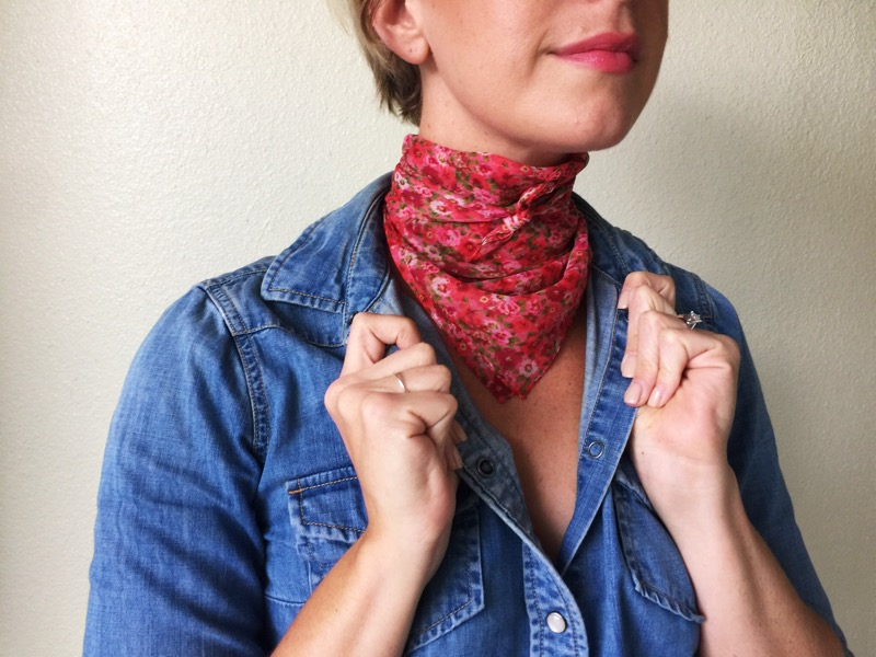 How to Tie a Scarf 5 Ways