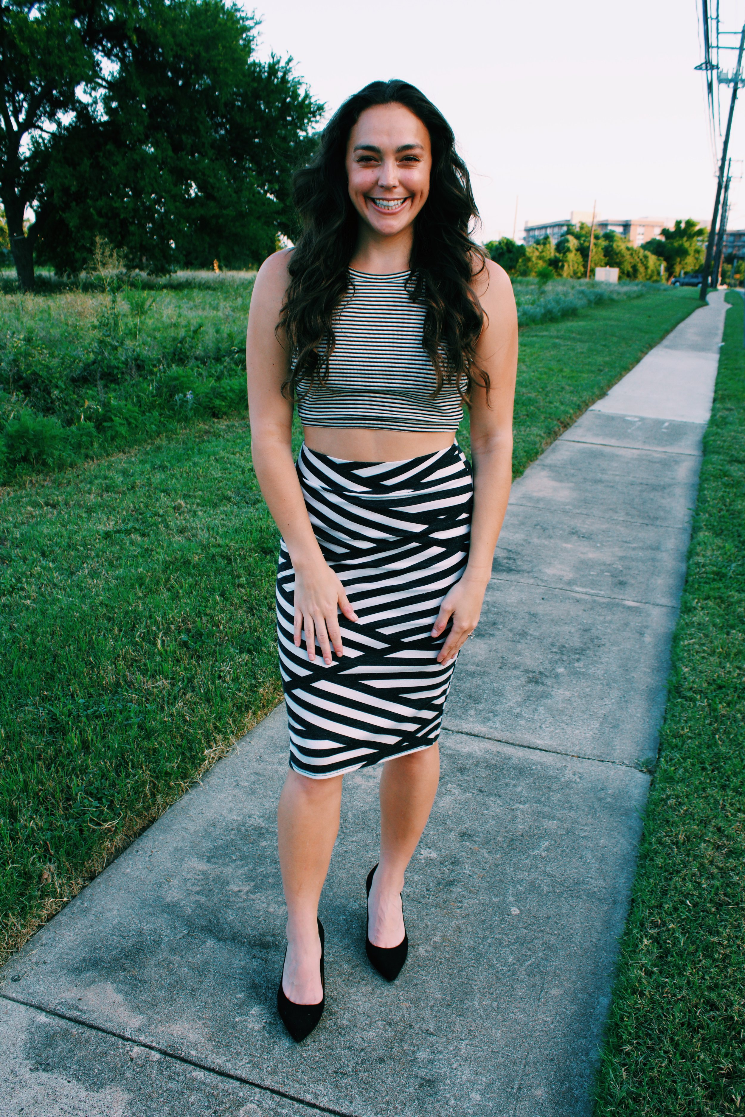 Greer Image Consulting - Blog - 10 Ways to Love Your Late Summer Style - stripes - pattern matching - patterns - austin style - style - summer look - stylish girl