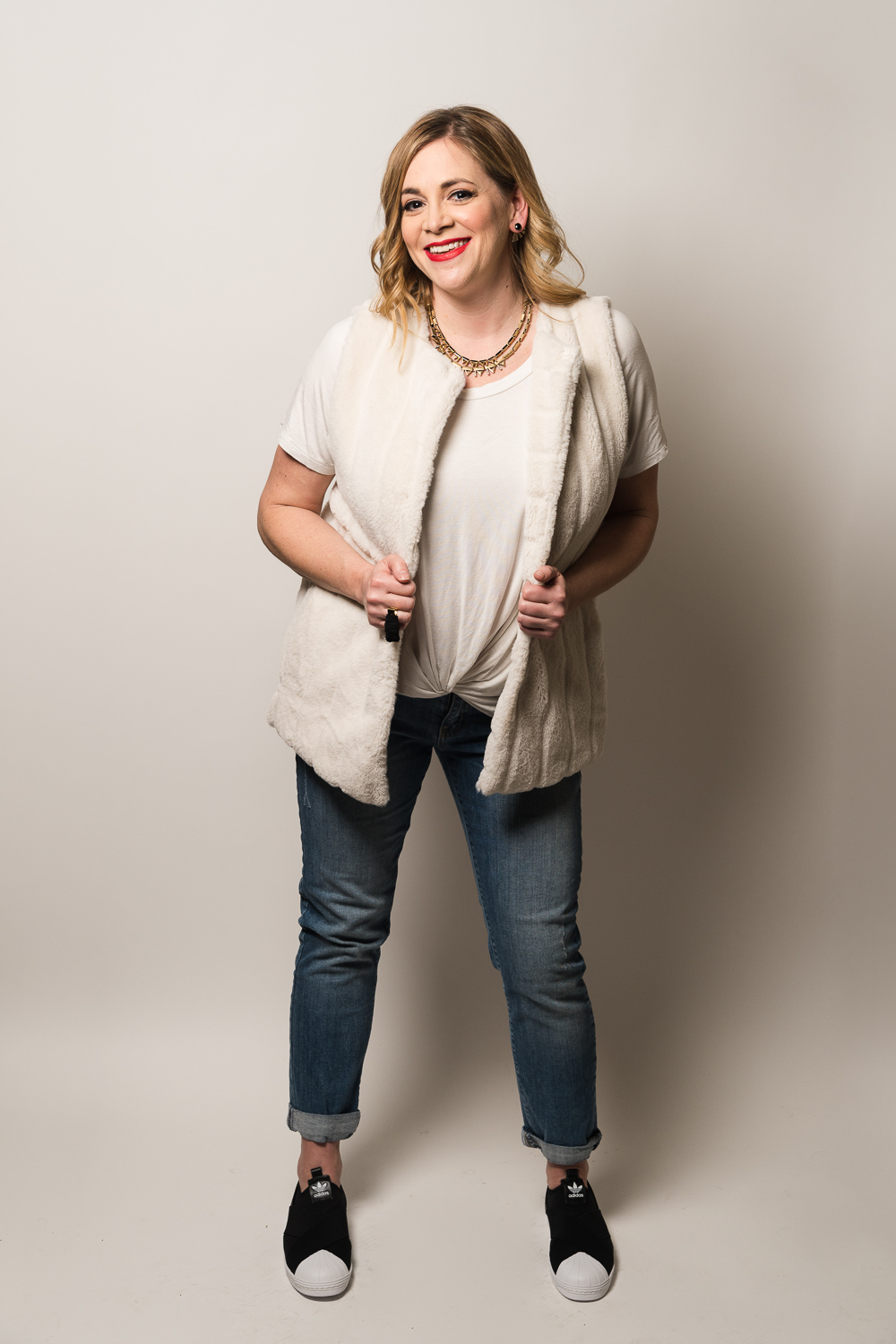 Jennifer Wilhelm is styled is a fun, casual outfit for weekend days with her kids.
