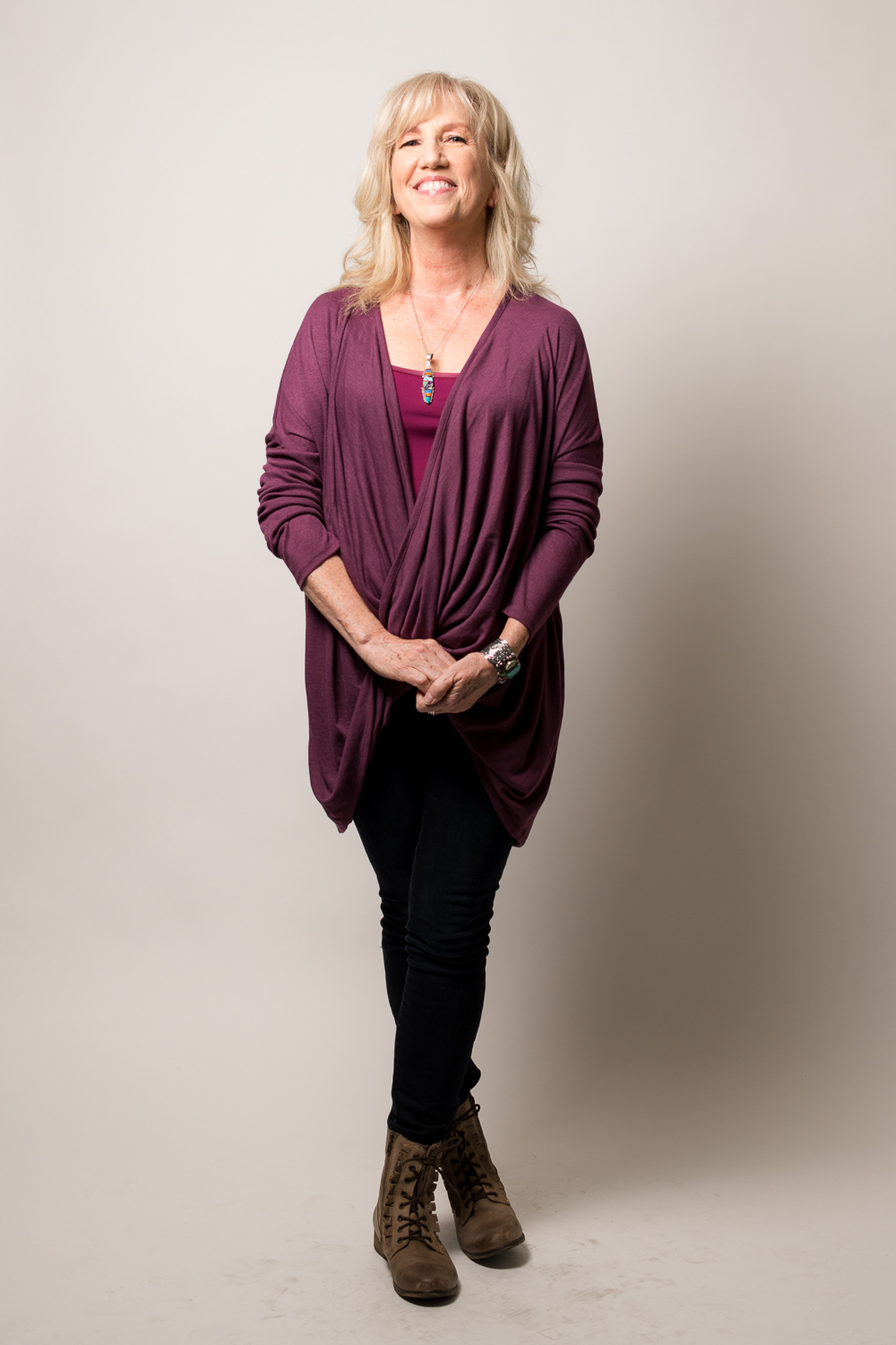 Lynn McKee is styled by Raquel Greer Gordian in a casual look for fun nights out in Austin, Texas.