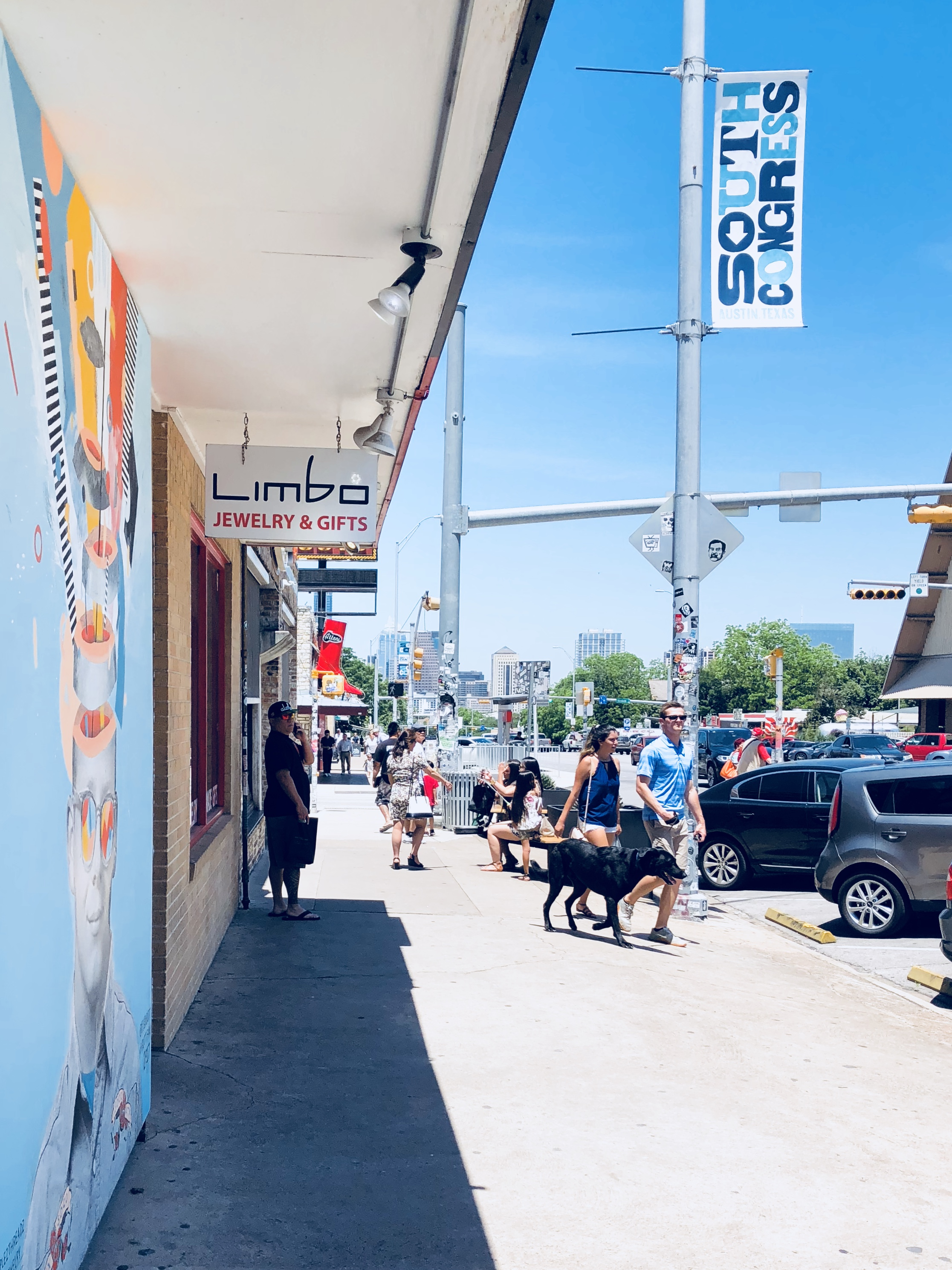 A quick look at the outside of Austin jewelry store, Limbo Jewelry