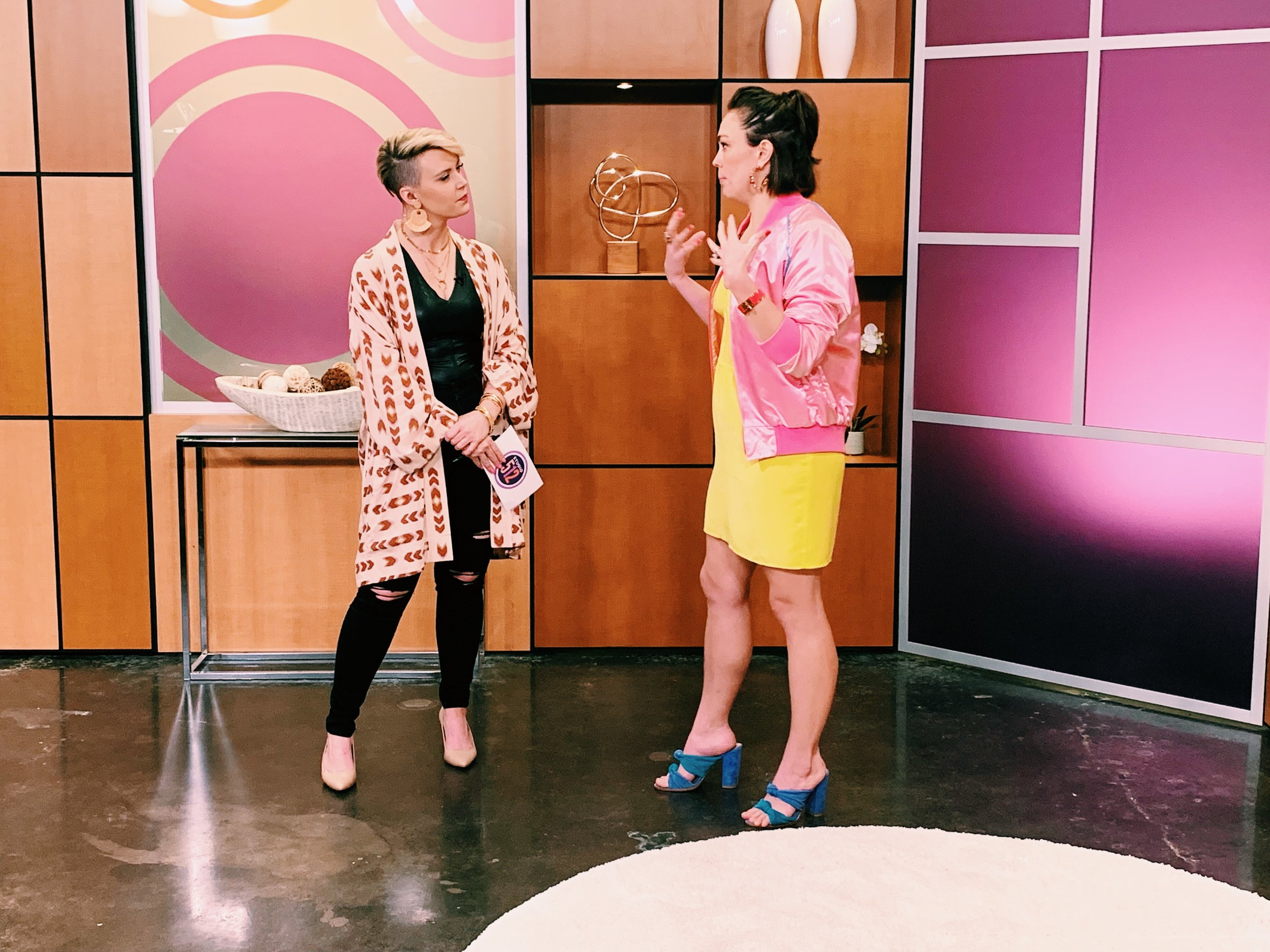 Raquel stops by Studio 512 to chat all about how to create colorful outfits for spring 2019.
