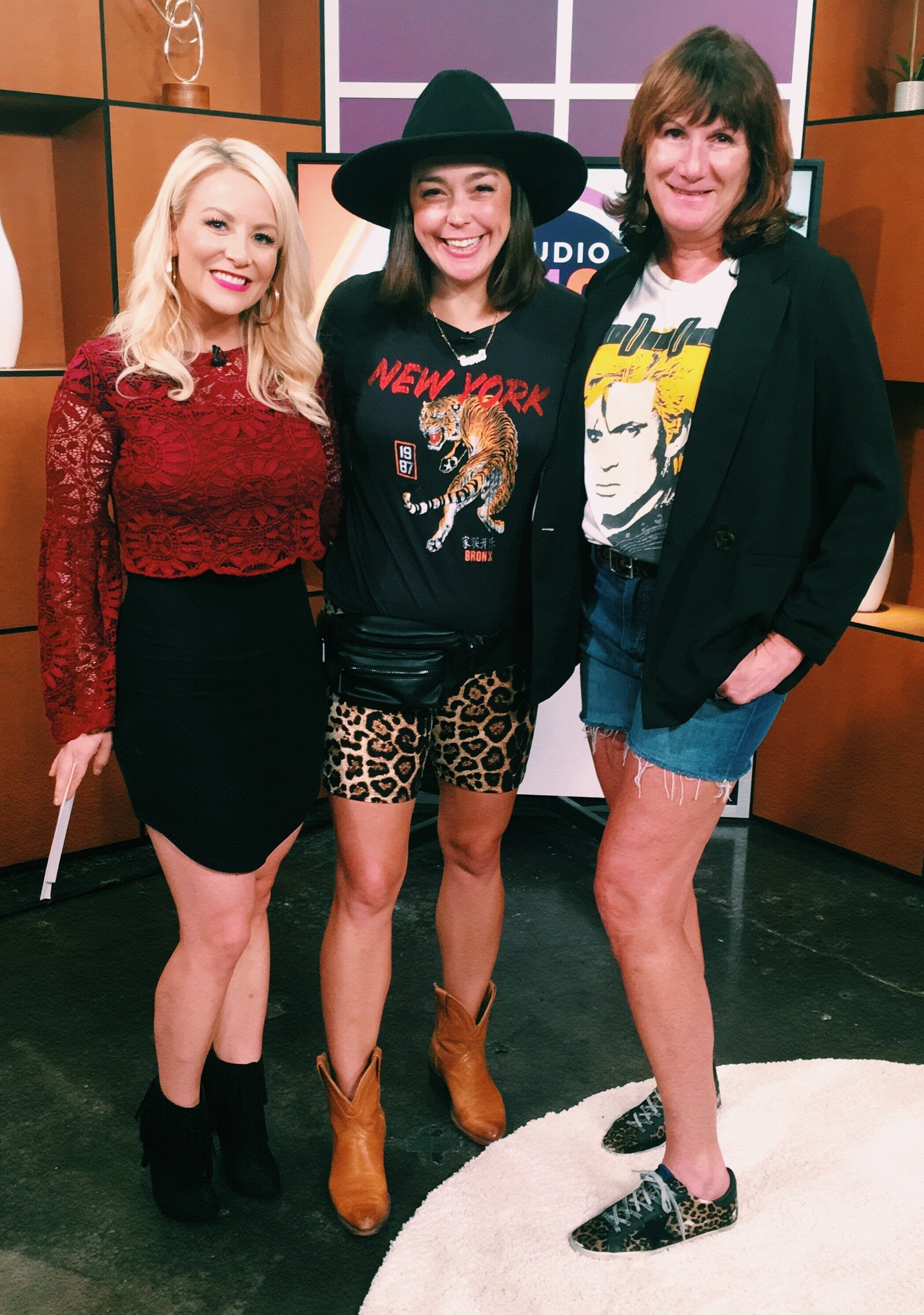 I visited Studio 512 last week to chat about how to create practical and fashionable outfits from Austin's biggest music festival. Watch the video below to get your ACL inspo and checklist!
