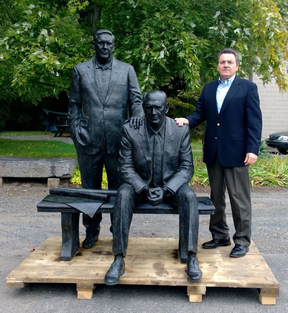 Private Commission, public sculpture