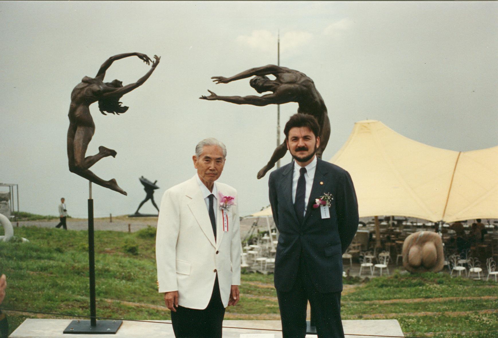 Reaching Sculpture in Japan