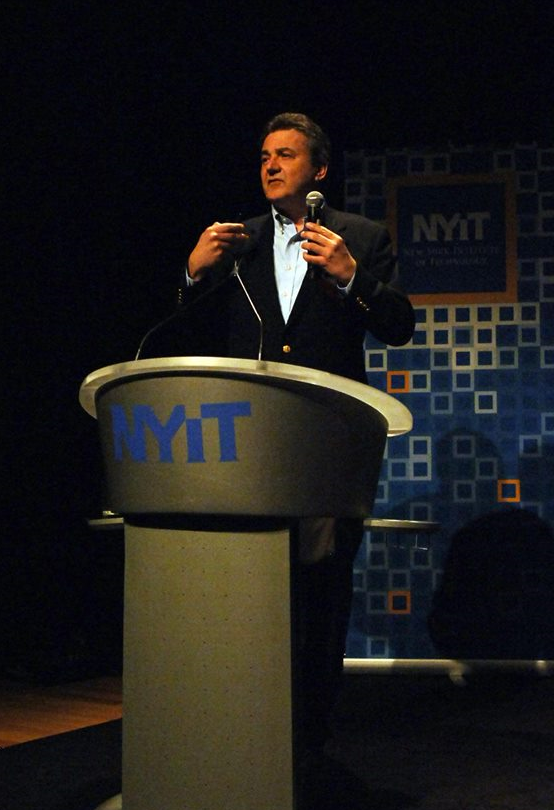 Zenos Frudakis speaking at NYIT in New York, NY.