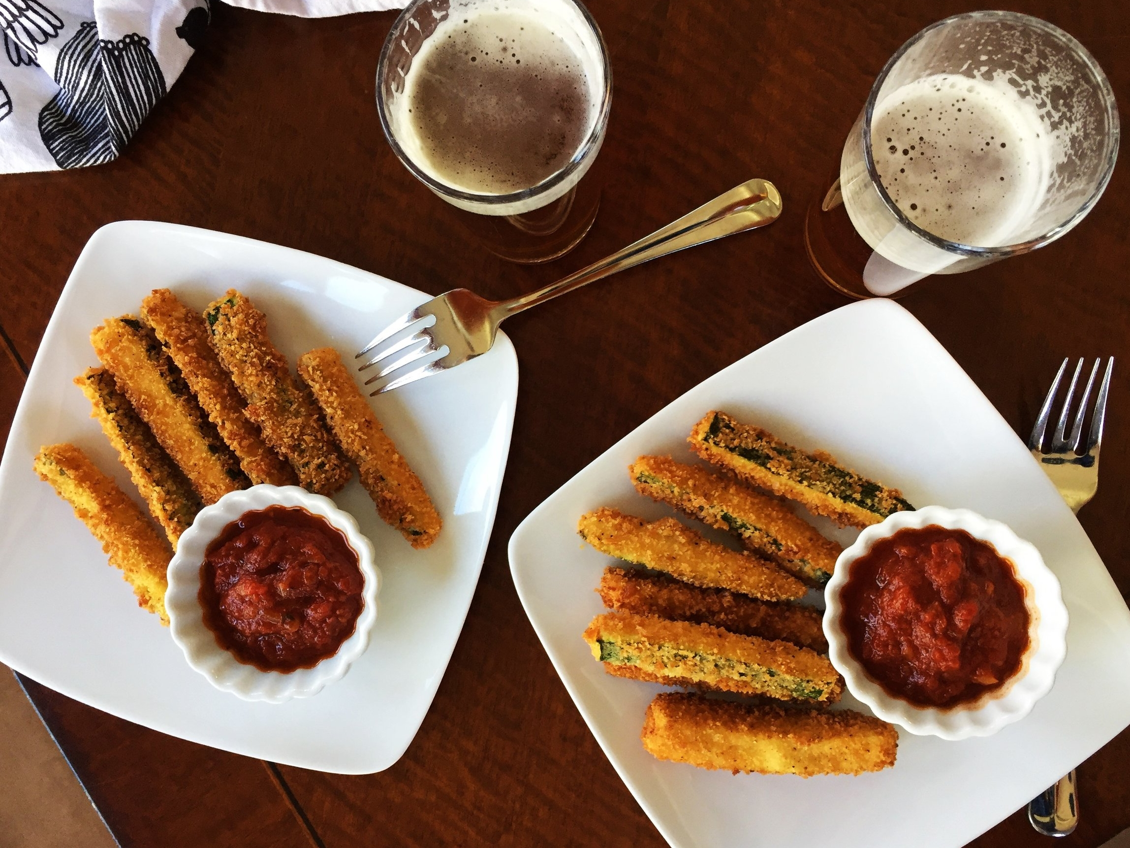 Fried zucchini with marinara dipping sauce, served in the Adventure Kitchen with a couple of beers.