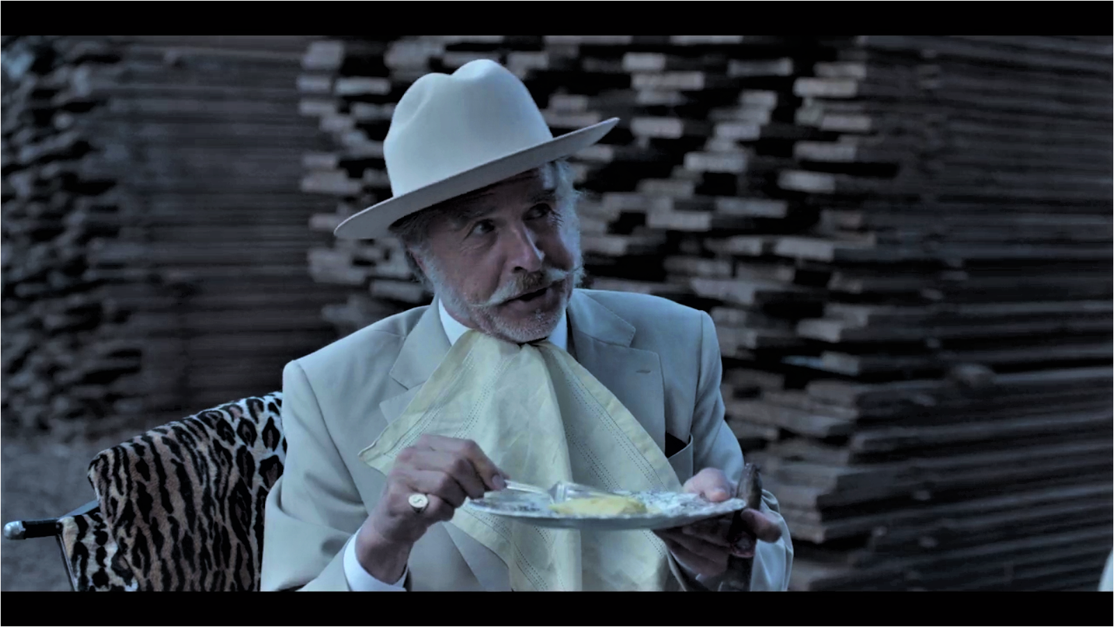 In this picture, Sir can clearly be seen eating an omelette which is quite flat and dull,rather than soft and pillowy.