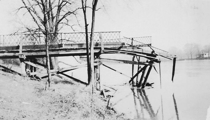 Parker Island bridge 2_edited-1.jpg