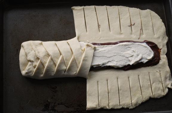 a.+braided+chocolate+hazelnut+bread+12.jpg