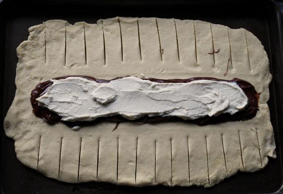 a.+braided+chocolate+hazelnut+bread+8.jpg