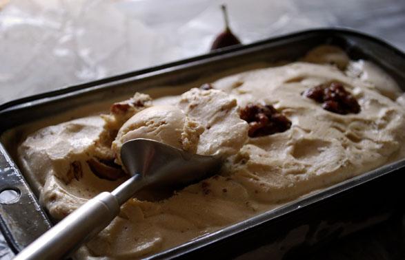 a.+fig+and+walnut+ice+cream+3.jpg