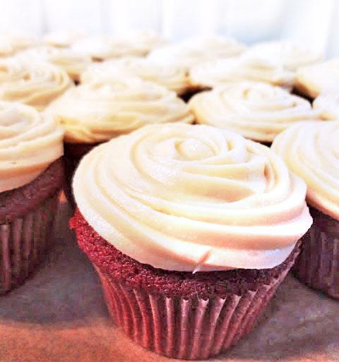 Red+Velvet+Cupcakes.jpg