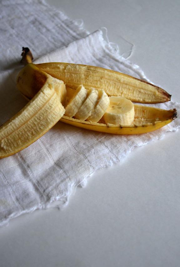 Banana Cream Pie   Pass the Cocoa