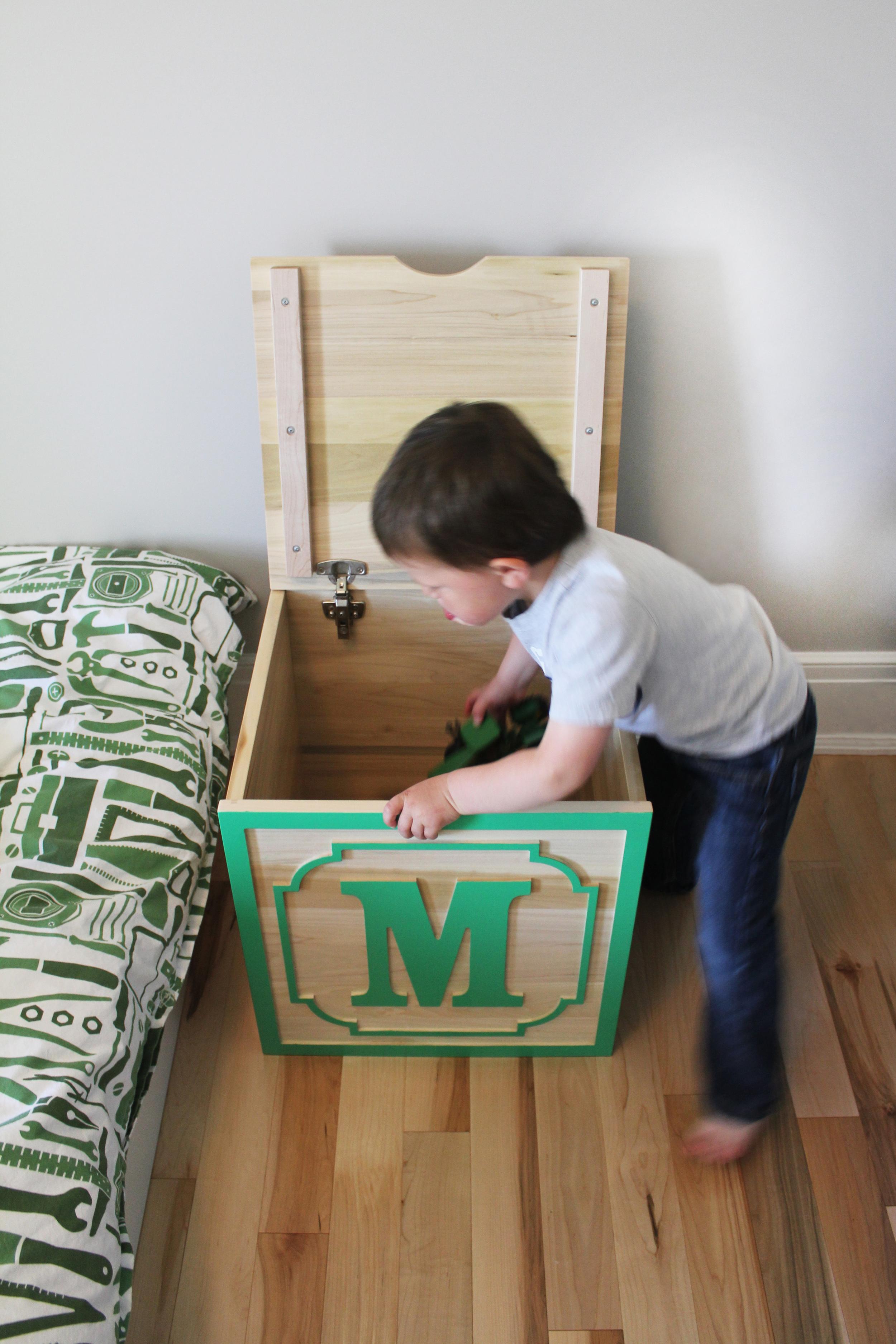 Children's Toy Box