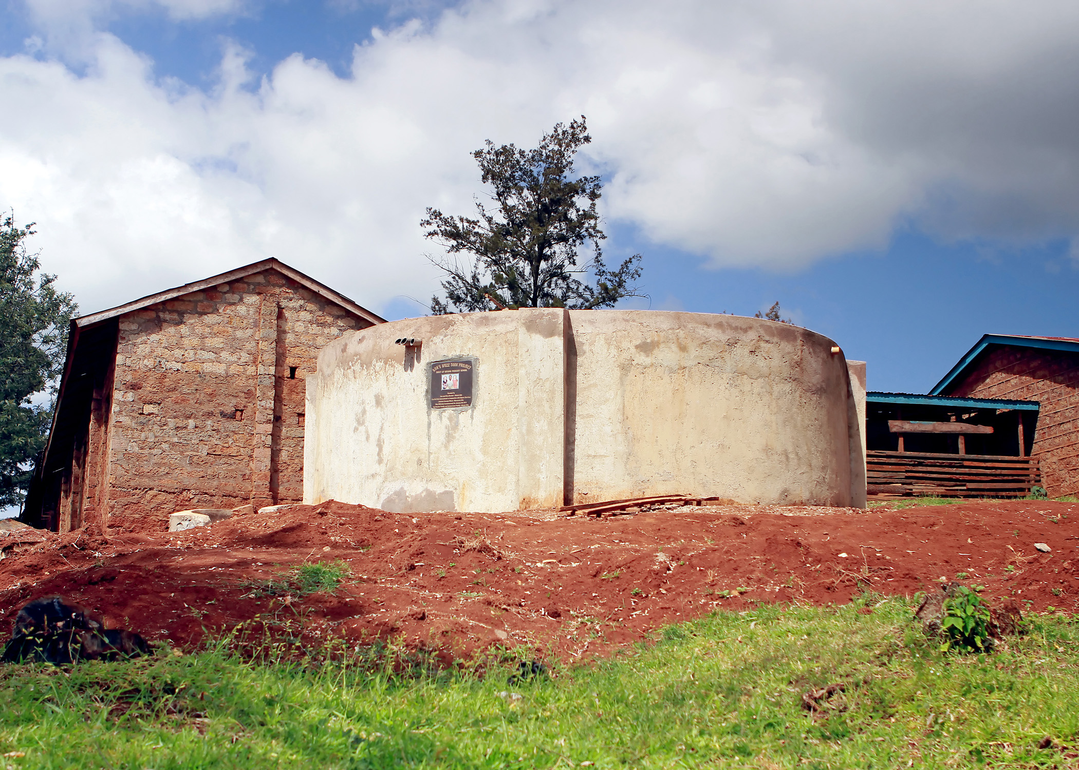 Ava's Well at Gitaro School was commissioned in January 2014