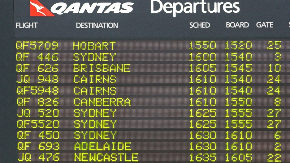 Qantas departture board.jpg