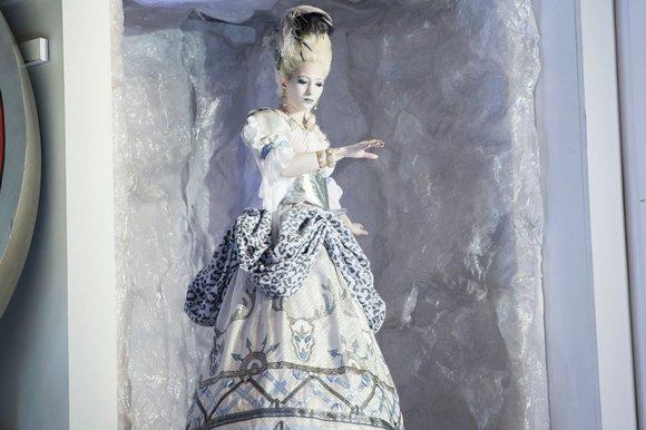 The Goddess of Chastity in her fridge