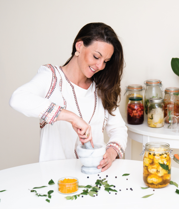 MEET GUTSY FLORA - As a holistic health consultant, public speaker and founder of Gutsy, I help people down the path to a healthier lifestyle and love to share my passion for gut health.