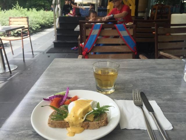 MummyWee - Breakfast Buffet At Sandbank