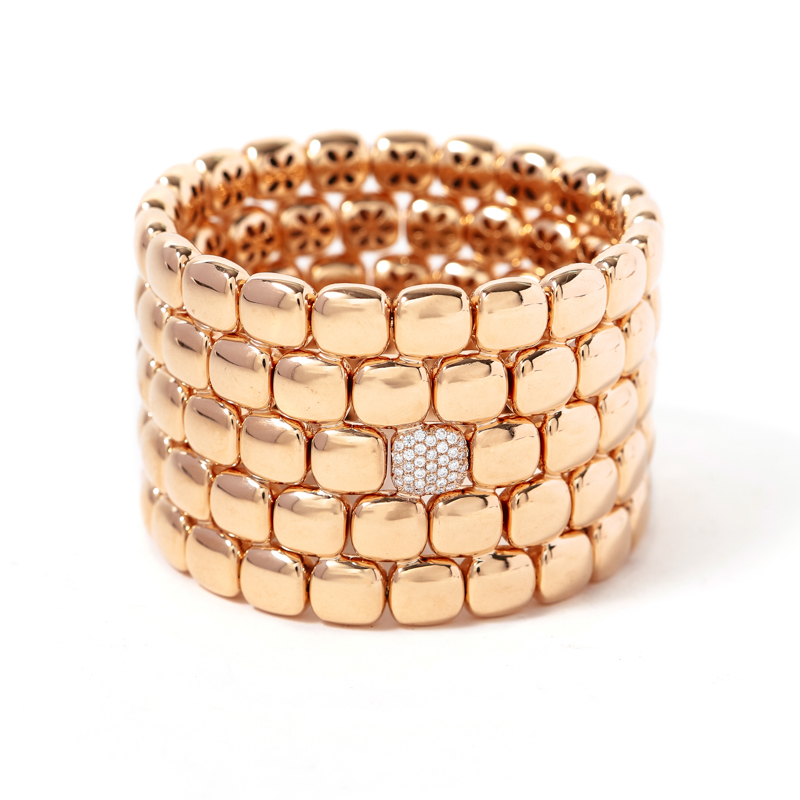 18 kt rose gold stretch bangle bracelet with natural white brilliant cut diamonds
