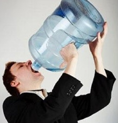 Image from:http://www.woobleweb.com/2014/09/over-hydration-can-lead-to-death.html